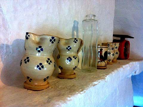 brocche-terra-cotta-arte-contadina-Cisternino-(Puglia)