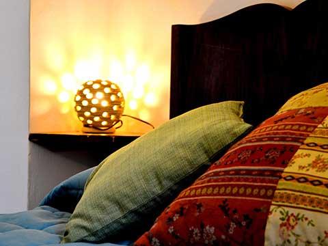 lampada-artigianale-cuscini-etnici