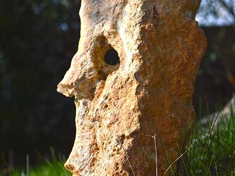 sculture-rocciose-al-BB-Riposo-del-Vento-(Cisternino-Brindisi)